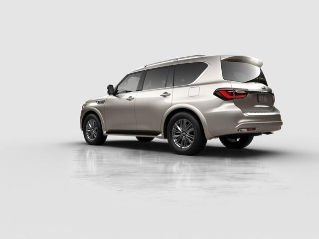 2018 INFINITI QX80 AWD 5